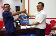 NasDem Menyerahkan Salinan Kepengurusan Partai ke KPU - JPNN.com