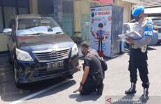 Polisi Buru Pelaku Pencurian Mobil Milik BRI, Diwarnai Aksi Kejar-kejaran, Tegang - JPNN.com