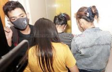 Tiga Cewek Pelajar dan Satu Cowok Tepergok Ngamar di Hotel,Ngakunya MauBikin Video Tiktok - JPNN.com