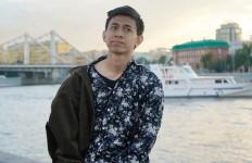 Lagi Viral, YouTuber Turah Parthayana Diduga Lecehkan Perempuan di Rusia - JPNN.com