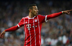 Mueller: Akan Terasa Pahit Jika Thiago Meninggalkan Bayern - JPNN.com
