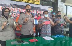 Mantan Anggota Dewan dan Sang Istri Akhirnya Ditangkap di Lampung Timur - JPNN.com