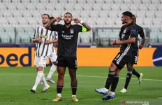 Lyon Bikin Juventus Gigit Jari - JPNN.com