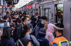 Akses Masuk Stasiun Tanah Abang Ditutup Sementara - JPNN.com
