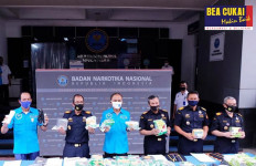 Bea Cukai dan BNN Bongkar Penyelundupan 16,7 Kilogram Sabu-sabu di Aceh - JPNN.com