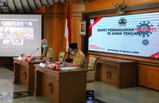 Ganjar Minta Puskesmas Diprioritaskan untuk Mengawasi Pencegahan Covid-19 - JPNN.com