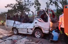 Kecelakaan di Tol Cipali: Pengakuan Penumpang Elf, Ternyata - JPNN.com