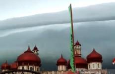 Awan Seperti Tsunami di Meulaboh, Bukan Mistis, Masyarakat Diminta Tetap Waspada - JPNN.com