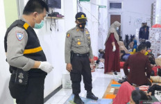 Puluhan Warga Cianjur Keracunan Usai Santap Hidangan Acara Syukuran - JPNN.com
