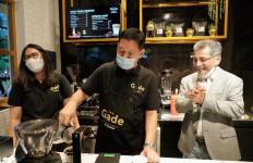 Pegadaian Buka Outlet The Gade Coffee & Gold di Taman Centra BRI - JPNN.com