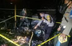 Usai Dilayani Istri, Thabrani Cekik Hasanah Lalu Membakarnya di Warung - JPNN.com