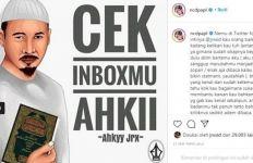 Warganet Heboh Lihat Potret Jerinx SID Berpeci, Dikira Sudah Mualaf - JPNN.com
