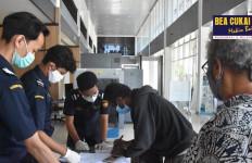 Bea Cukai Jayapura Kembali Terlibat Dalam Repatriasi Puluhan WNI dari PNG - JPNN.com