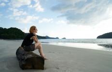 Apakah Waktu Bisa Menyembuhkan Luka Patah Hati? Belum Tentu Juga - JPNN.com