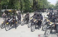 Aparat Bersenjata Lengkap Bergerak Memburu Kelompok Intoleran - JPNN.com