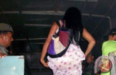 19 PSK Terjaring Razia, di Dalam Penginapan Ada yang Lagi... - JPNN.com