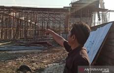 Proyek Konstruksi Tol Cibitung-Cilincing Ambruk, Padahal Baru Dikerjakan 2 Bulan - JPNN.com