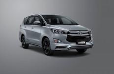 Toyota Kijang Innova Beraksesori TRD, Sebegini Harganya - JPNN.com
