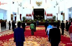 Jokowi Lantik 3 Menterinya Hingga Eks Deputi BNN Jadi Anggota Kompolnas - JPNN.com
