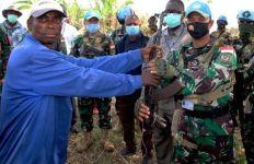 Membanggakan! Satgas TNI Kembali Mengukir Prestasi Saat Momen HUT RI, 32 Milisi Takluk - JPNN.com