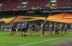 Sevilla Vs Inter Milan: Keinginan Handanovic dan Seruan Godin - JPNN.com
