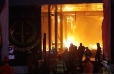Bareskrim Simpulkan Kebakaran Gedung Kejagung karena Puntung Rokok Kuli Bangunan - JPNN.com