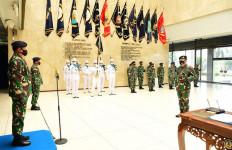 Sah! Laksma TNI Edwin Resmi Menjabat Komandan Pusat Penerbangan Angkatan Laut - JPNN.com