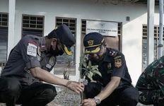 Jaga Perbatasan Indonesia-Timor Leste di Oepoli, Bea Cukai dan Imigrasi Kupang Kuatkan Sinergi - JPNN.com