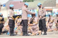 HUT Polwan, Briptu Fathmah Berikan Kado Spesial untuk Polda Papua - JPNN.com