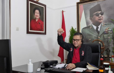 129 Calon Kepala Daerah Termasuk Gibran Digembleng 5 Hari di Sekolah Partai PDIP, Begini Komentar Hasto - JPNN.com