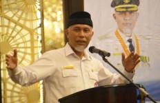 Walkot Padang Mahyeldi Minta Komunitas Sepeda Motor Bisa Jadi Agen Peduli Sesama - JPNN.com