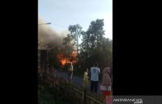 Detik-detik Balita Umur 2 Tahun Tewas Mengenaskan dalam Kebakaran Rumah - JPNN.com