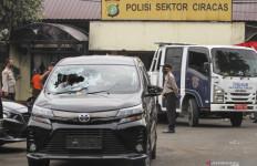 Rekaman CCTV Ungkap Fakta Kejadian sebelum Polsek Ciracas Diserang Tentara - JPNN.com