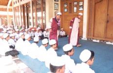 Para Santri Salafi Berbakat ini Lahir dari Ponpes Baitus Sholihin - JPNN.com
