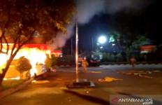 5 Berita Terpopuler: Rizal Ramli Sebut Jokowi Suka Bikin Susah Orang, Ratusan Prajurit TNI Mengamuk di Ciracas - JPNN.com