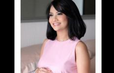 Informasi Seputar Sidang Perdana Vanessa Angel - JPNN.com