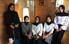Putih Abu Abu Punya Impian Berkolaborasi Bareng Melly Goeslaw - JPNN.com