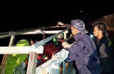 Tak Hanya Mengawasi, Patroli Laut Bea Cukai Juga Terlibat di Misi Kemanusiaan Ini - JPNN.com