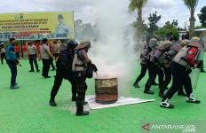 Polres Bangka Barat Bentrok dengan Pengunjuk Rasa, Ternyata - JPNN.com