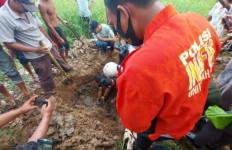 Kerangka Korban Pembunuhan 8 Tahun Silam Itu Akhirnya Ditemukan, Sang Anak Teriak Takbir - JPNN.com