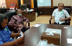 Wamen Desa PDTT Dukung Perjuangan Petani Tembakau Tolak Simplifikasi Cukai Rokok - JPNN.com