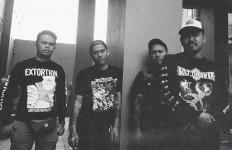Busuk Mengumpat Lewat Album Debut - JPNN.com