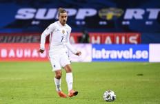 Pemain Barca Ini Emoh Pindah ke Manchester United - JPNN.com