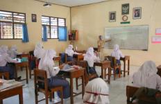 3 Sekolah di Tegal Mulai Pembelajaran Tatap Muka, Begini Kondisinya - JPNN.com