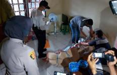 Bau Menyengat Menyeruak dari Kamar Indekos, Penasaran Lantas Dibongkar, Oh Ternyata - JPNN.com