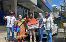 Sempat Tak Tenang dan Bingung, Seorang Petani di Padang Panjang Dapat Mobil Mewah - JPNN.com