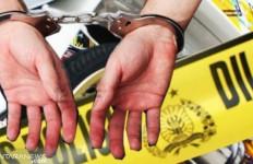 2 Pria Mengendap-endap Masuk ke Rumah Dara, Terjadilah - JPNN.com