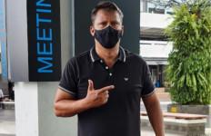 Anak Terpapar COVID-19, Keponakan Meninggal, Kontrak Melatih Persija Batal! - JPNN.com