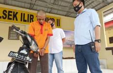 Tepergok Mencuri Sepeda Motor, Pengantin Baru Babak Belur Diamuk Massa - JPNN.com