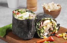 Nikmati Sensasi Makan Salad Kekinian Ala Saladbar, Ada Rasa Charcoal - JPNN.com